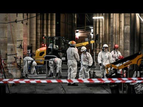 بلدية باريس تعزل المنطقة المحيطة بكاتدرائية نوتردام لإزالة مادة الرصاص  - 11:55-2019 / 8 / 13
