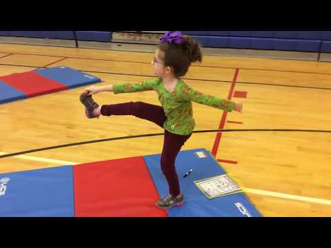 Individual Balance Activity in #PhysEd