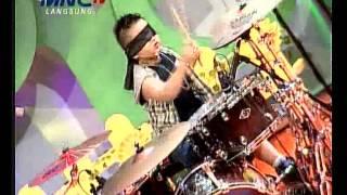 Download Video Anak Kecil Main Drum Tutup Mata - Anak Gemez Indonesia (20/9) MP3 3GP MP4