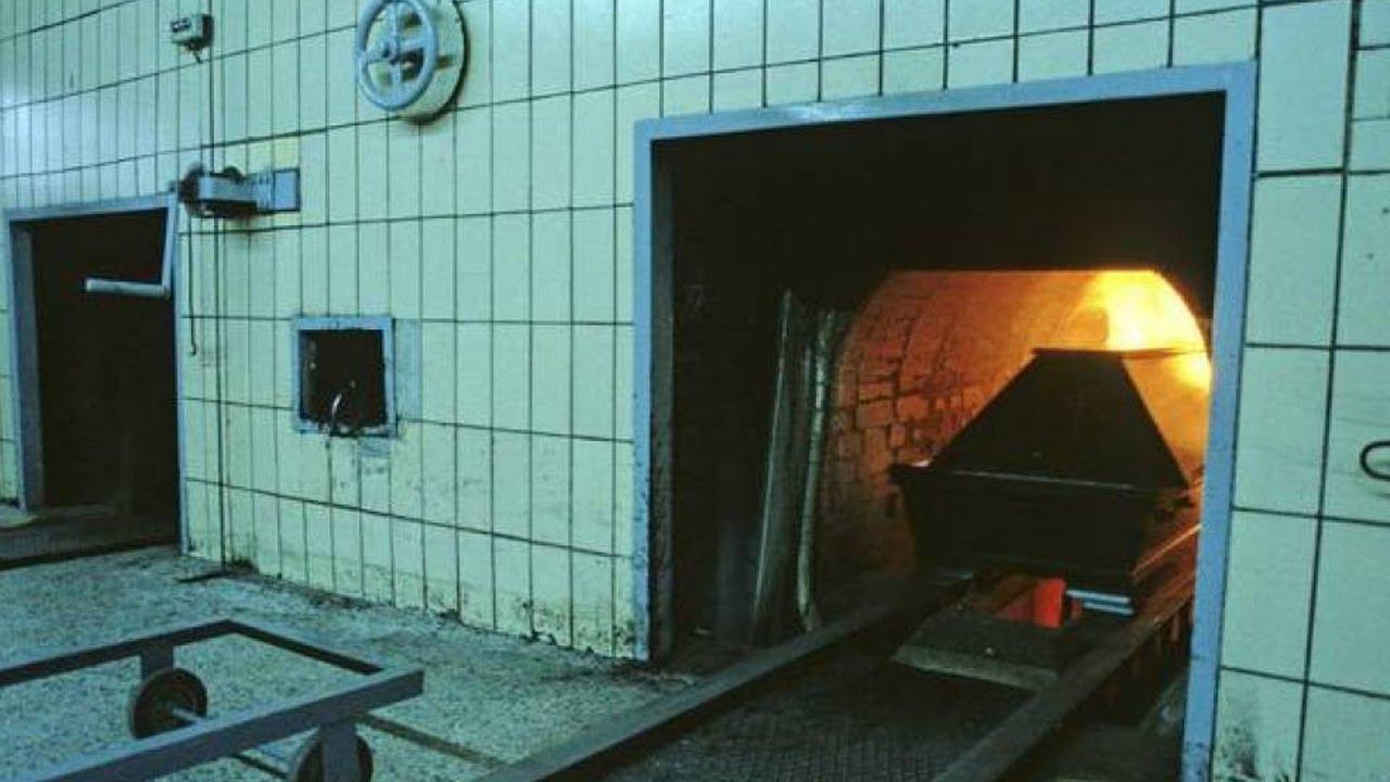 Así es el proceso crematorio de cuerpos con COVID-19 - YouTube