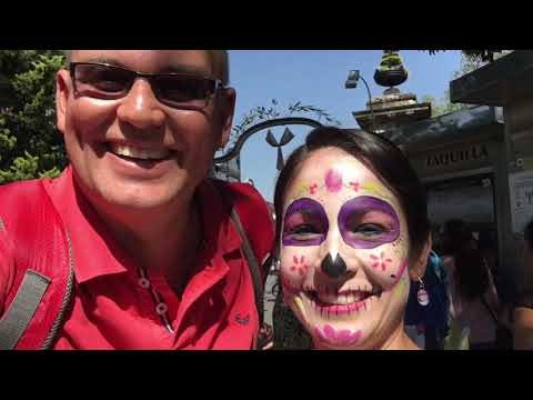Exploring Mexico City , Parting the night away in the Barrio and the opening of the Festival of the