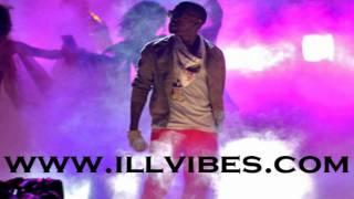 Repeat youtube video Kanye West featuring Lil Wayne, Big Sean, Drake, Rihanna, KiD CuDi - All of the Lights Remix