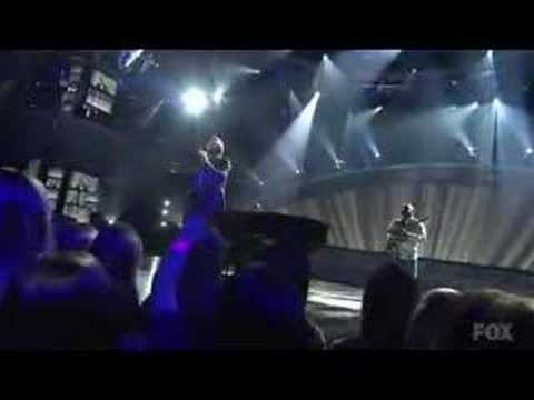 American Idol 7 - Top 9 - Michael Johns - It's All Wrong