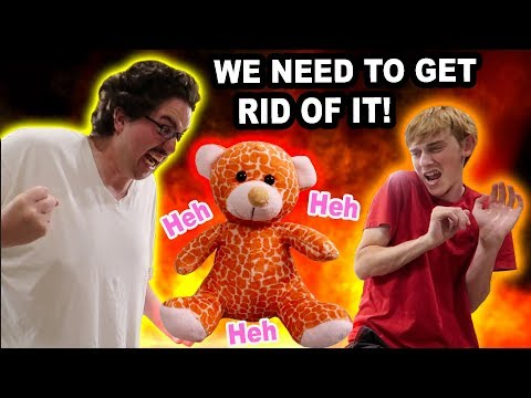 THIS BEAR IS EVlL!!! (WE HAVE TO DESTROY IT) |