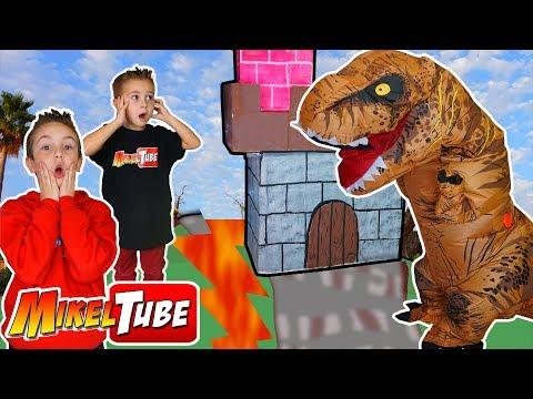 Invasión Jurásica Un Dinosaurio visita nuestro Castillo