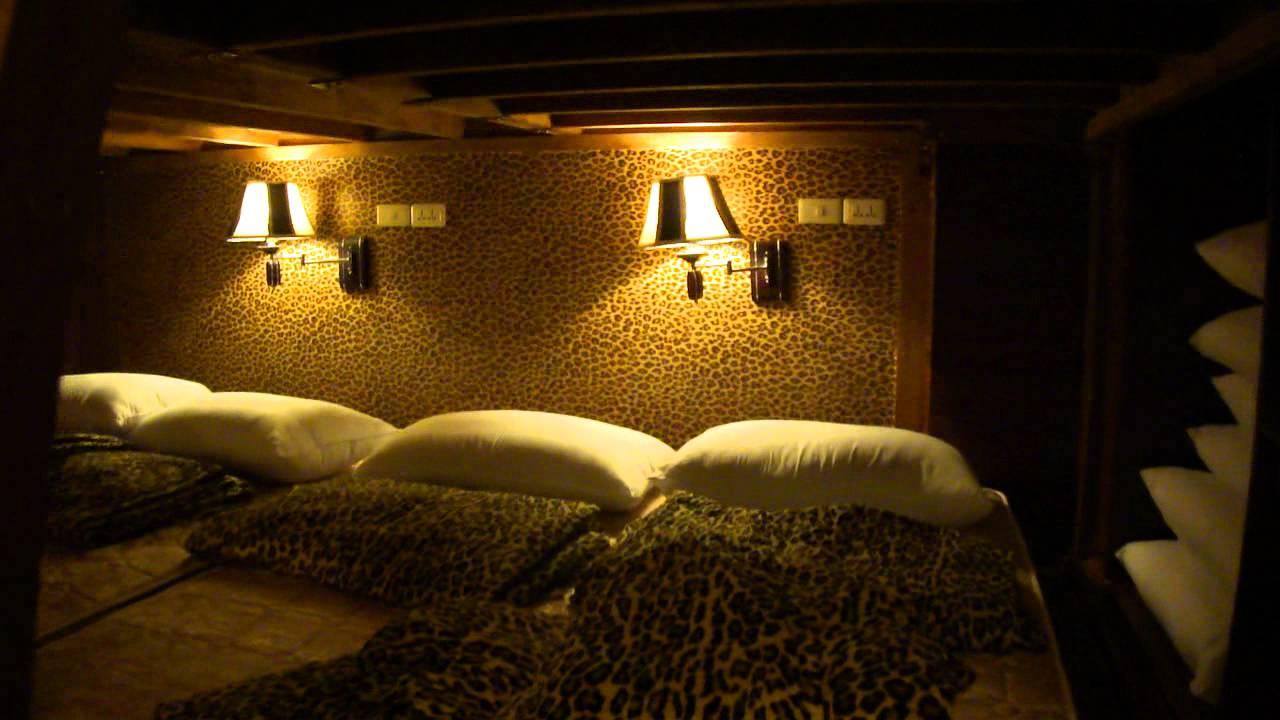 Leopard Woods Dormitory Apartment 12 People Room 花豹伍茲青年宿舍