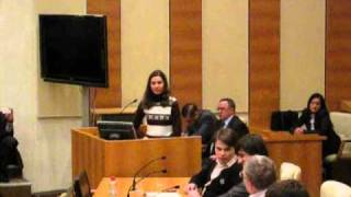 Скандал: студентка спорит с Жириновским!
