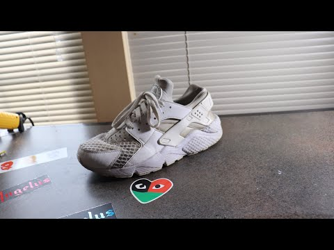 How to clean Nike Air Huarache