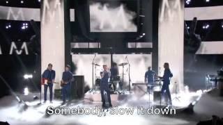 Maroon 5 - Daylight (Live + Lyrics)