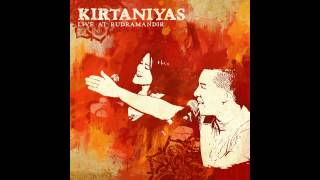 Kirtaniyas - Radha Ramana Haribol - Live at Rudra Mandir