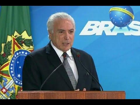 Governo Temer é reprovado por mais de 70% da população | SBT Brasil (05/04/18)