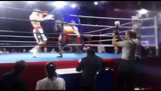 Zimbabwean boxer Manyuchi clowns around and gets knocked out