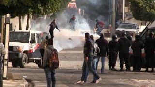 حالة من الغضب في القصرين التونسية إثر وفاة عاطل عن العمل