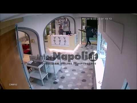 Terrore in via Madonna delle Grazie, rapina della banda dell'Sh in un ristorante-pizzeria