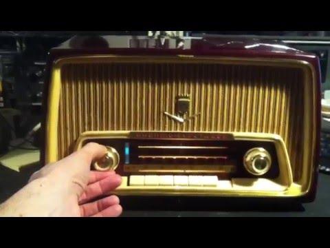 CHOM 97,7 FM , Montreal on Grundig Fleetwood radio