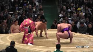 2017大相撲春場所での貴景勝 vs 旭秀鵬の取組。張り手の応酬戦となった。