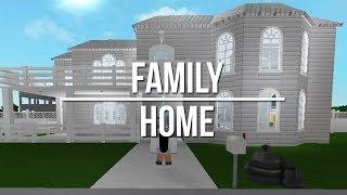 ROBLOX | Welcome to Bloxburg: Family Home 100k + ANNOUNCEMENT (DESCRIPTION)