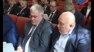 Парламент Дагестана в первом чтении принял закон о комендантском часе для несовершеннолетних
