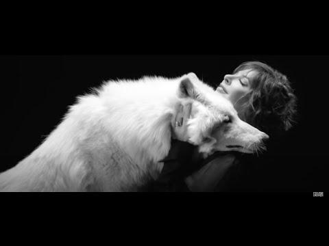 Смотреть клип Mylène Farmer - Des Larmes