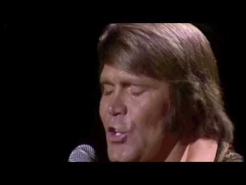 Glen Campbell  - Rhinestone Cowboy (The Midnight Special 1975)