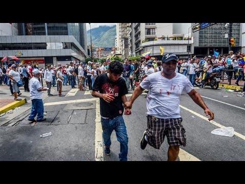 Venezuela Protesters Demand Vote to Recall President