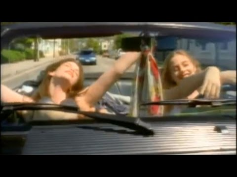Alicia Silverstone and Liv Tyler Have a 'Crazy' Reunion -- See the Pic!