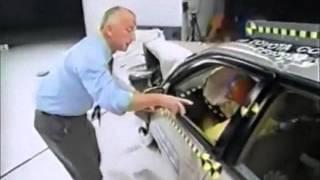 82. IIHS Crash Test 1997, 1998, 1999-2001 Toyota Corolla.wmv