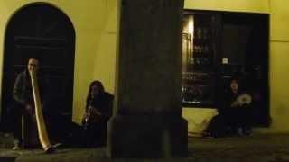 Street music in Český Krumlov: Del_F64.0 & Daniel (Didgeridoo, Cajon, Clarinet & Darbuka)