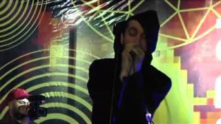 Kung Fu Junkie - Biorobot (feat. Anano)