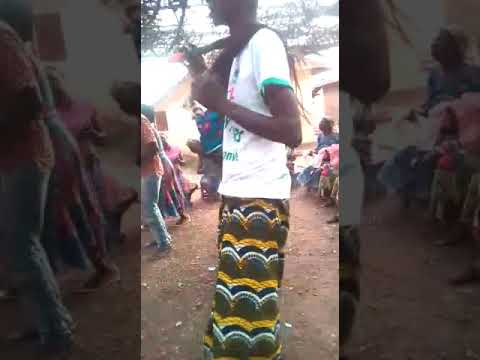TOGO : DZIDZÔWOU LA DANCE TRADITIONNEL
