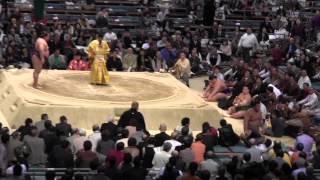 富士東 vs 貴ノ岩 2015春場所13日目。現地オリジナル撮影。 Grand Sumo ...