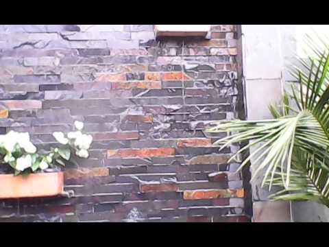 Fuentes y cascadas shalom muro llor n con cortinas de for Cascadas para jardin piedra
