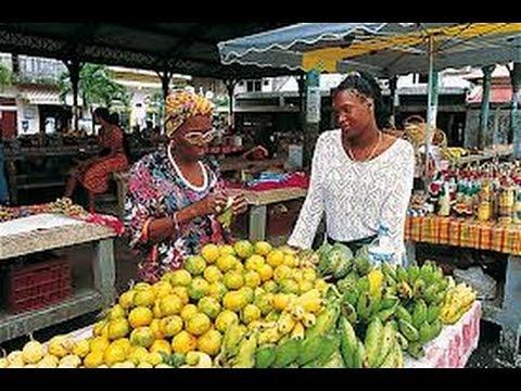 Les Antilles Guadeloupe les Marchés authentiques des Doudous de Pointe-a-Pitre