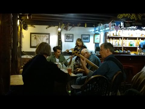 Hastings LIVE! - Folk Music at The Stag