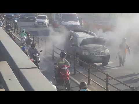 vụ cháy xe ô tô 7 chỗ ở sài gòn 22/04/2019