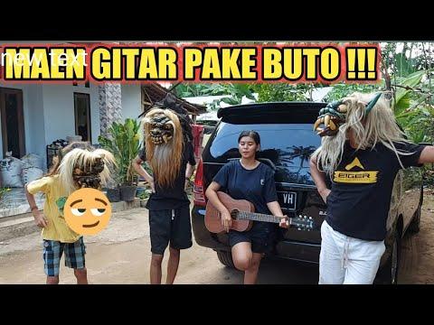 Download Maen gitar pake buto  apa bisa...