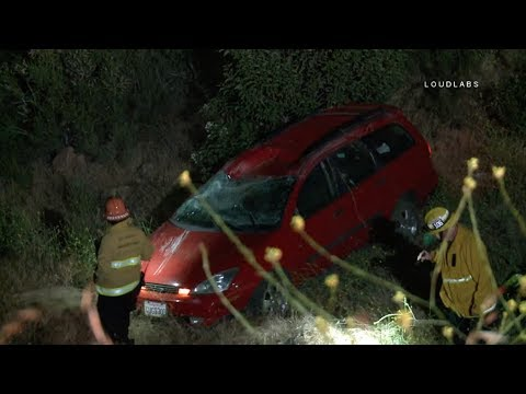 Vehicle Over The Side / Canoga Park   5.15.18