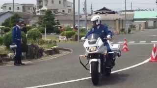 japanese police motorcycle 二輪車事故撲滅キャンペーン 三重県警察機動隊 白バイ デモンストレーション