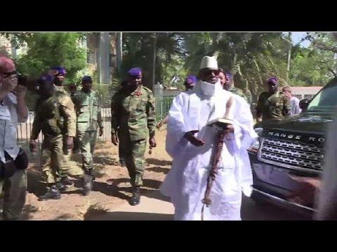 Banjul se barricade après le revirement de Yahya Jammeh