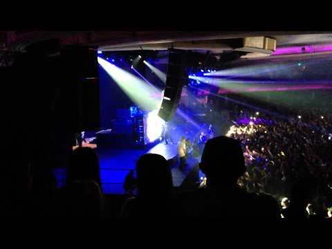 "Casey Veggies - ""BACKFLIP"" (feat. IAMSU! & HBK Gang) LIVE @ Hollywood Palladium"