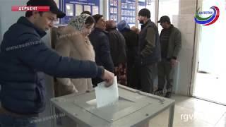 Оживленно и на избирательных участках Дербента