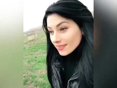 Армянка в прямом эфире YouTube делает похабные вещи с русским парнем