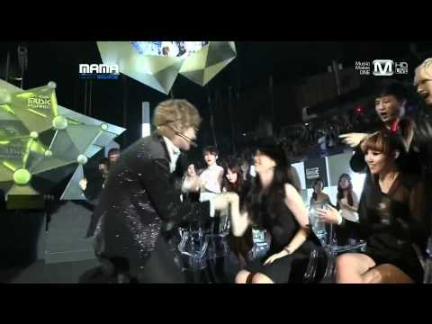 Kim Hyun Joong  ft Suzy - Lucky Guy + Dance - 2011 MAMA Singapore (Nov 29, 2011)