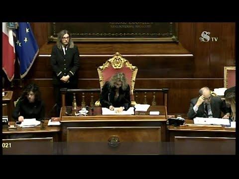 Al senato la discussione sulla manovra youtube for Discussione al senato oggi