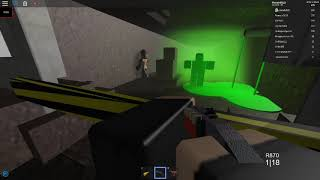 How To Kill The giant Zombie Area 51 ROBLOX