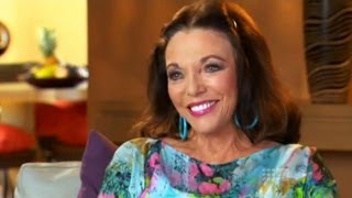 Joan Collins' Catfight with Liam Bartlett