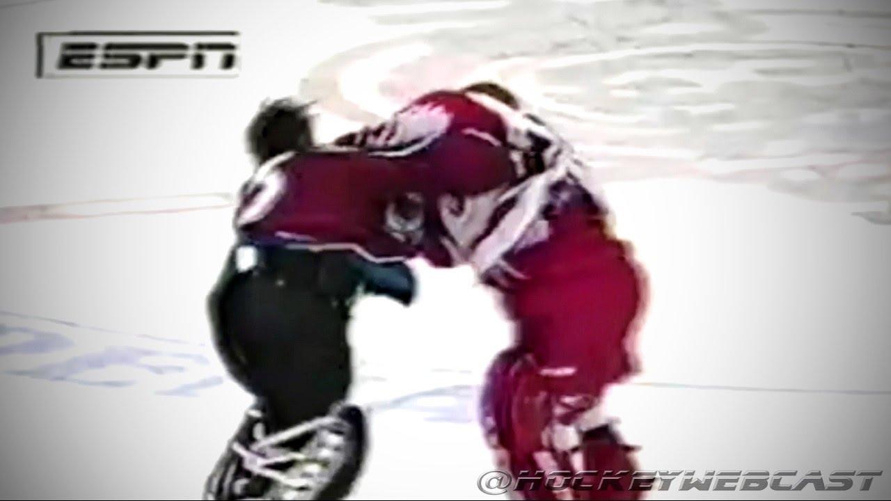 95dc0459c96 Colorado Avalanche vs Detroit Red Wings Brawl - Roy vs Osgood - April 1