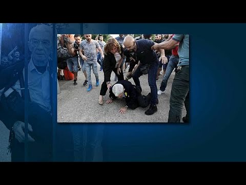 Greek mayor beaten up by nationalist extremists