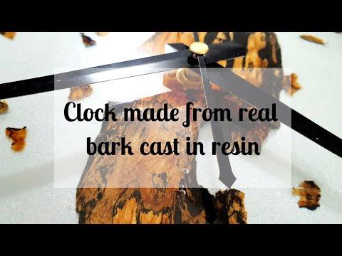 136 - Resin clock - driftwood and bark shavings