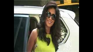 Chitrangada Singh launches Vogue India May 2012 Issue. Part 1